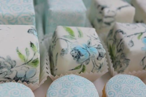 Cakes-by-Nicola-Holbrooke-designersguildblue2