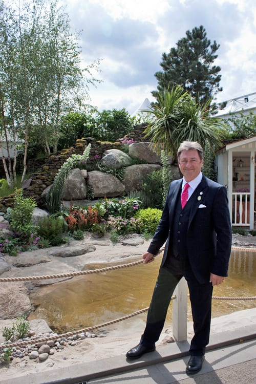 Celebrities-&-Behind-the-Scenes-on-Press-Day-RHS-Chelsea-Flower-Show-2014-Flowerona-Alan-Titchmarsh