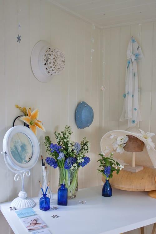 Lizzie-McQuade-Artisan-Retreat-RHS-Chelsea-Flower-Show-2014-Flowerona-1