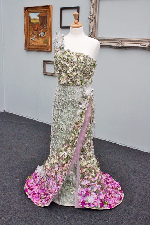 RHS-Florist-of-the-Year-Competition-2014-Flowerona-Di-Marvell-Petals-Florist