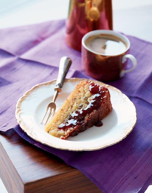 Orange-&-Lavender-Cake-Eric-Lanlard-Recipe-taken-from-Home-Bake-published-by-Mitchell-Beazley-photography,-Craig-Robertson