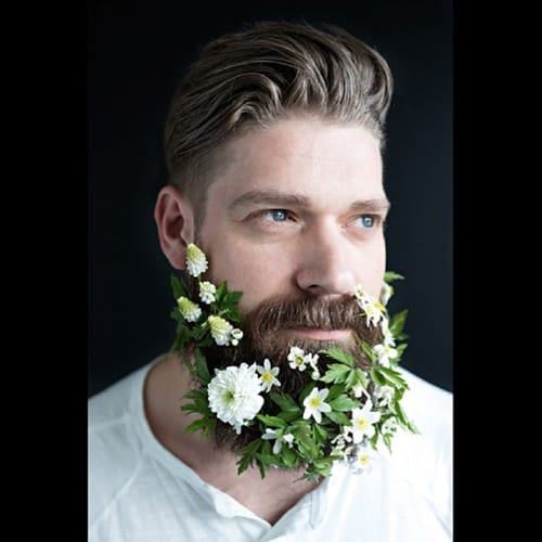 Cecilia-Moller-cicimoller-man-with-beard-and-flowers