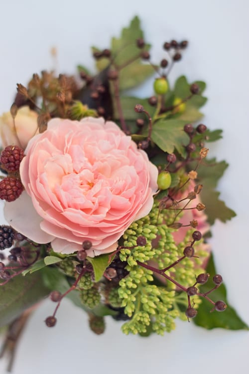 Flowerona-Rose-&-Berries-Posy-1
