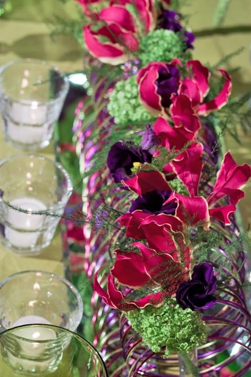 Sue-Arran-Flowers-A-Most-Curious-Wedding-Fair-Flowerona-3