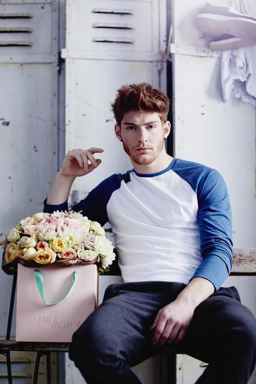 Jamie-Aston-Noah-Bouquet-Flowerona-2
