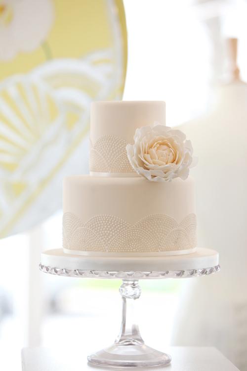 CAKE-MAISON-CLARISSA-Danni-Beach-Photography-Flowerona-2