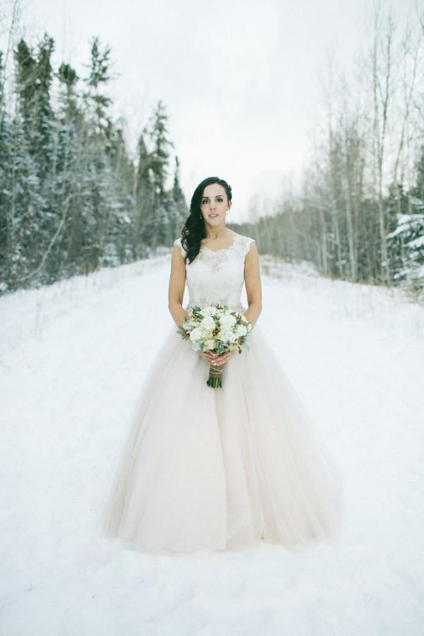 Grey-Likes-Weddings--SUGAR-&-SOUL-PHOTOGRAPHY-winter-canada-wedding-a