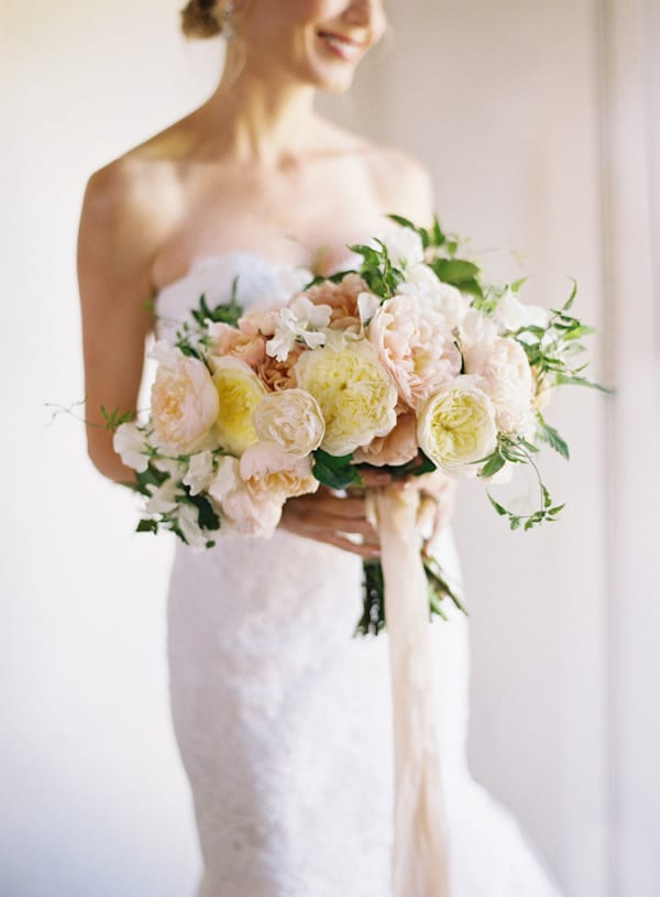 Diffe Wedding Bouquets Styles Wednesday On Trend Bridal With
