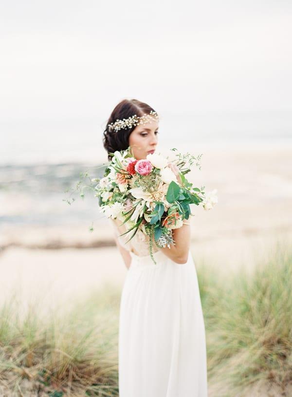 Sarah-Hannam-The-Garden-Gate-Flower-Company-Flowerona-1