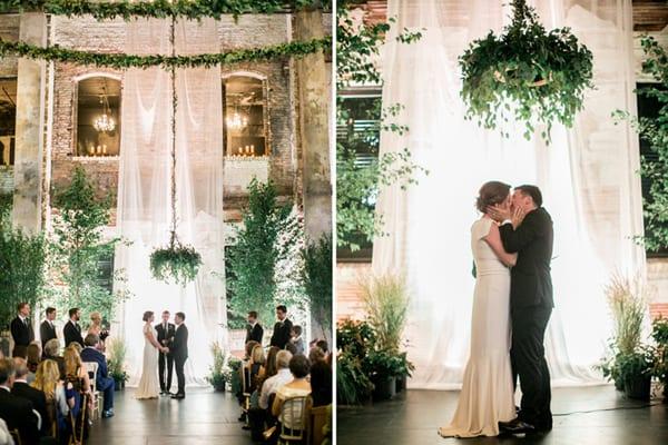 Wedding+chandelier,+studio+fleurette,+foliage+chandelier,+floral