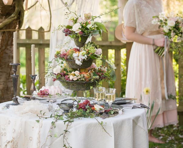 Beautiful spring wedding inspired shoot with floral designs by Flowers & Daughters
