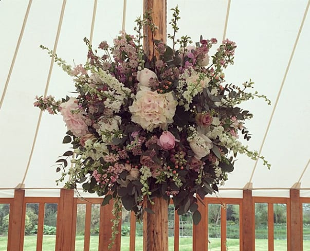 Wedding Wednesday : On Trend – Hanging Flower Balls