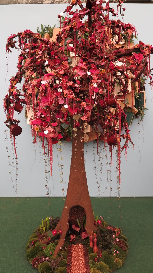 RHS-Young-Chelsea-Florist-of-the-Year-2015-The-Florist-Magazine-1