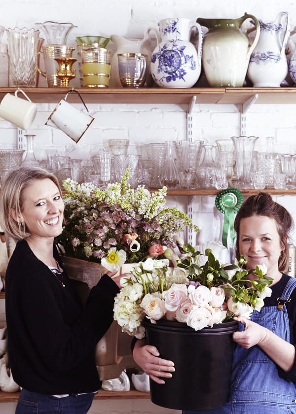 Ellie-and-Anna-The-Flower-Appreciation-Society-Flowerona