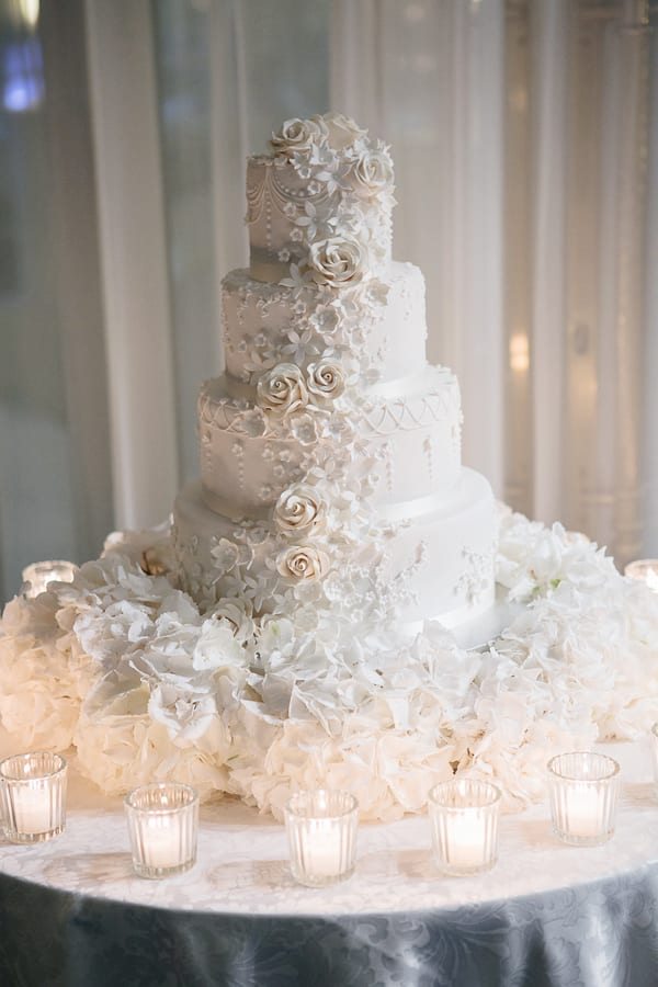 Tabea-Maria-Lisa-floristik-&-dekoration-Nora-Mancini-photography-Wedding-Flowers-Flowerona-3