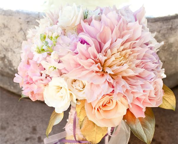 Wedding Wednesday : 3 Bridal Bouquets featuring Cafe au Lait Dahlias