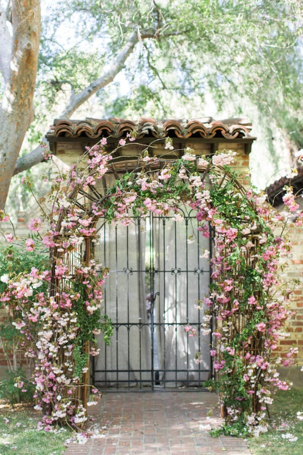 Floral Arch Style Me Pretty Photography-Luke And Katherine From Max And Friends Floral Design-Moon Canyon Design