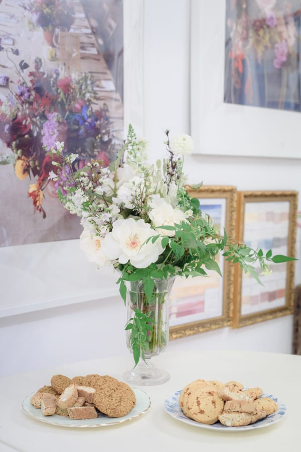 Jay-Archer-Floral-Design-Flower-School-Press-Day-July-2015-Ria-Mishaal-Photography-Flowerona-10