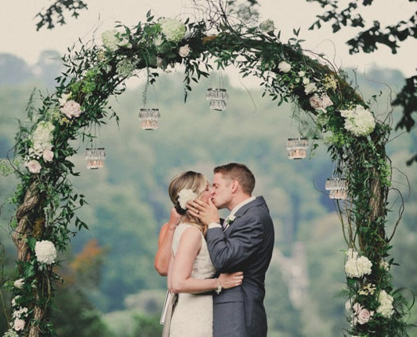 Wedding Wednesday : On Trend – Floral Arches