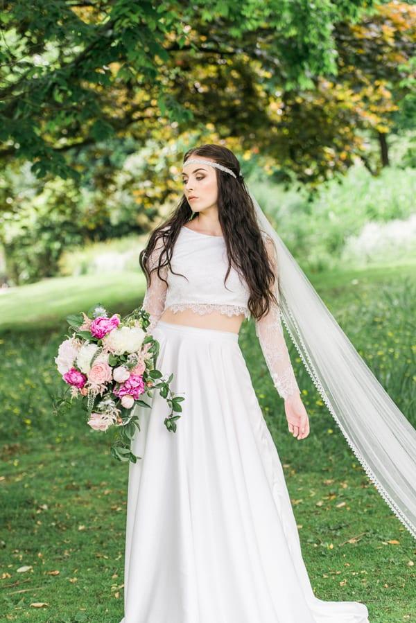 Folega-Photography-Boutique-Paeony-Wedding-Flowers-Flowerona-12