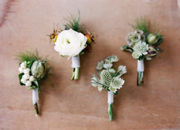 Natural-Buttonholes-Ryan-Ray-Photography-Bows-&-Arrrows-Style-Me-Pretty