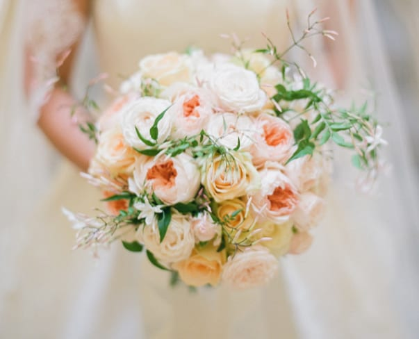 Wedding Wednesday : 10 Beautiful Peach Wedding Bouquets – Part 1