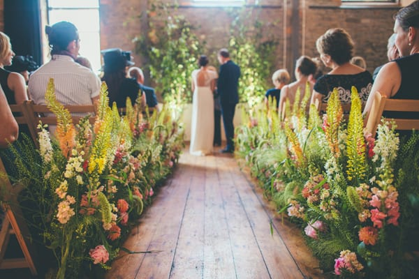 Rachel-Husband-The-Rose-Shed-Wedding-Flowers-Flowerona-6