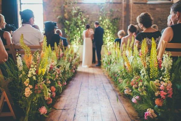 Rachel-Husband-The-Rose-Shed-Wedding-Flowers-Flowerona-6