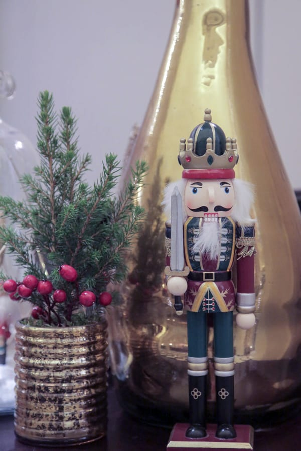 Claridges-Christmas-2015-McQueens-Flowerona-14