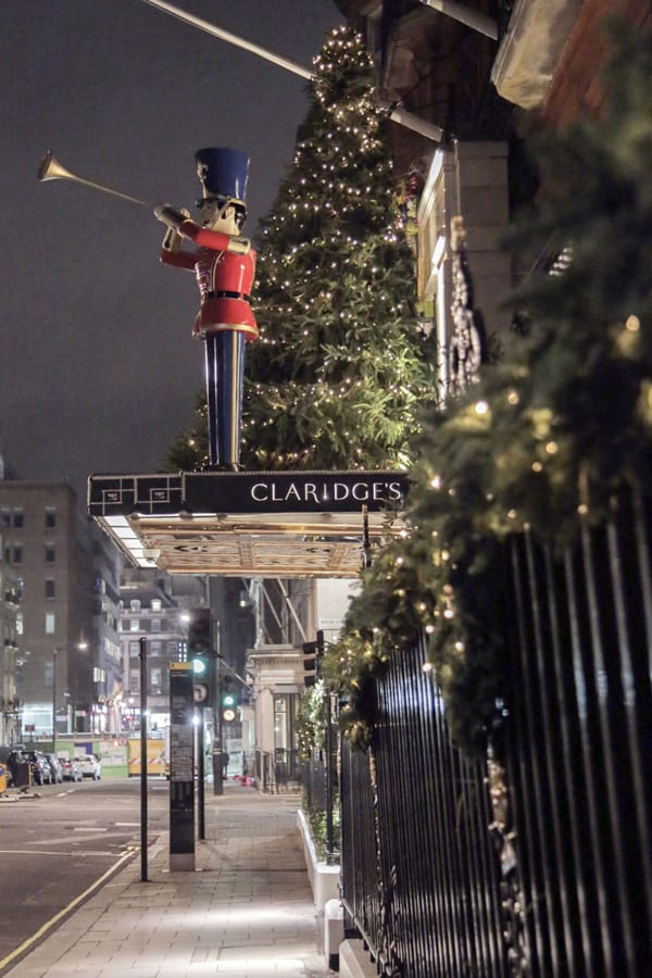 Claridges-Christmas-2015-McQueens-Flowerona-9