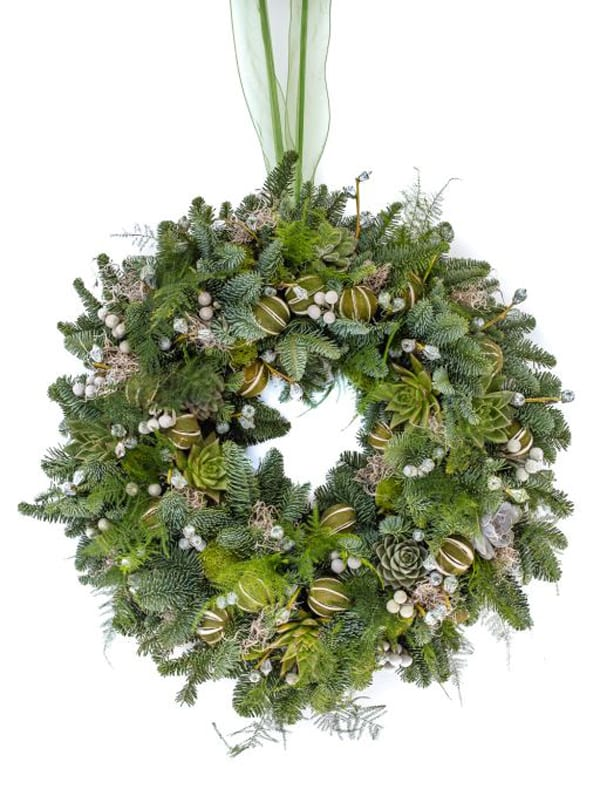 Festive-Pine-Wreath-Wildabout