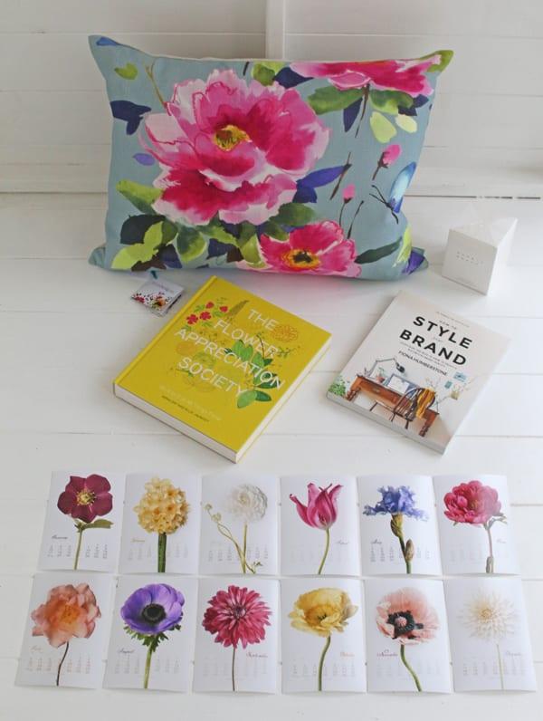 Flowerona-blog-5th-birthday-prizes-1