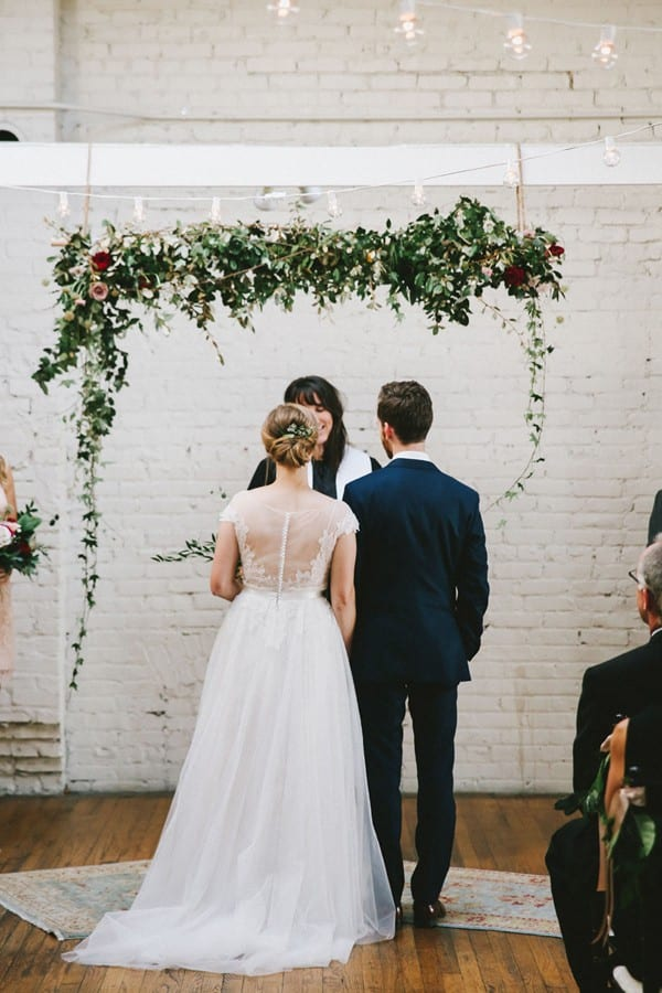flowerona links : with iceland poppies, wedding flower trends & a