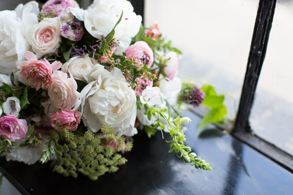 A-Most-Curious-Wedding-Fair-2016-Flowers-by-Palais-Photography by Lee Garland Flowerona-6