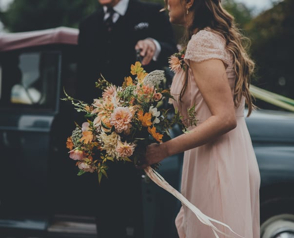 Wedding Wednesday : Breath-taking autumnal wedding flowers by The Garden Gate Flower Company