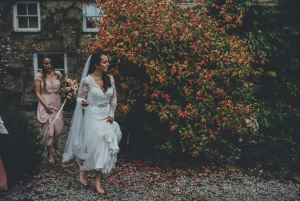 Ana and Luke Photography by Ross Talling Wedding Flowers by The Garden Gate Flower Company Flowerona-3