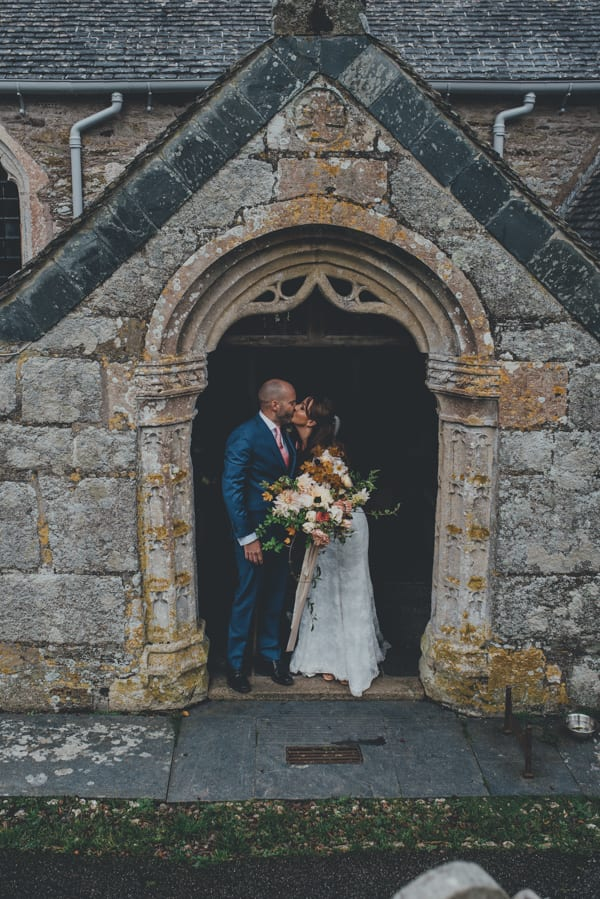 Ana and Luke Photography by Ross Talling Wedding Flowers by The Garden Gate Flower Company Flowerona-7