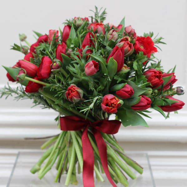 Jamie-Aston-Valentine's-Day-2016-My-Valentine-Red-Spring-Bouquet