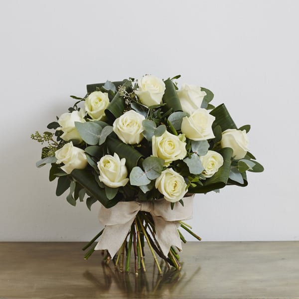 Jamie-Aston-Valentine's-Day-2016-My-Valentine-White-Roses