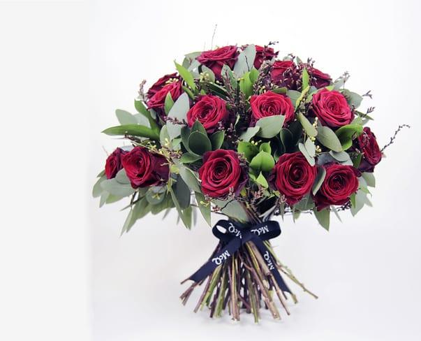McQueens-Valentine's-Day-Bouquet-2016--Endless-Love-Feature1