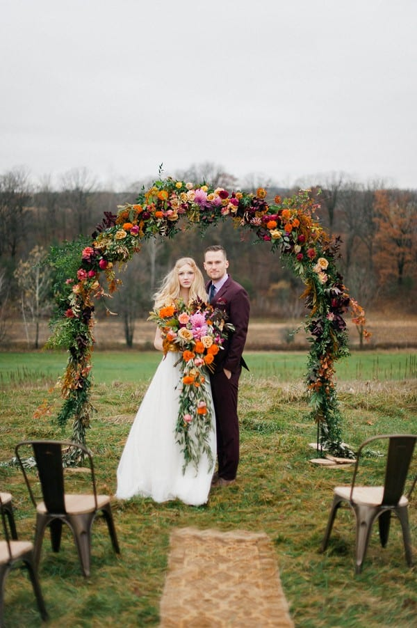 minnesota-hilltop-elopement-inspiration-Melissa-Oholendt