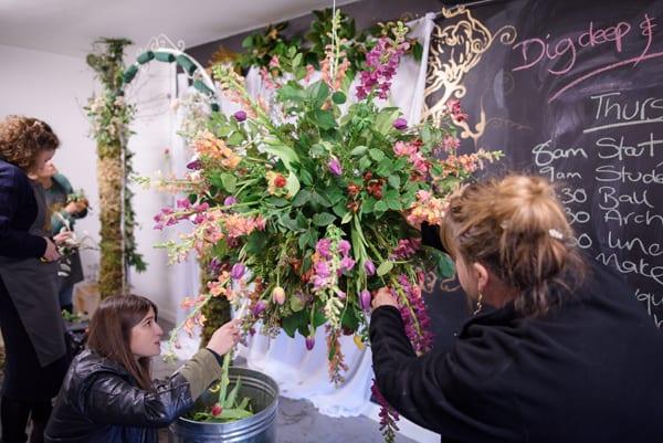 Wedding-Floristry-Career-Course-Jay-Archer-Floral-Design-Flower-School_ria-mishaal-photography_flowerona-10