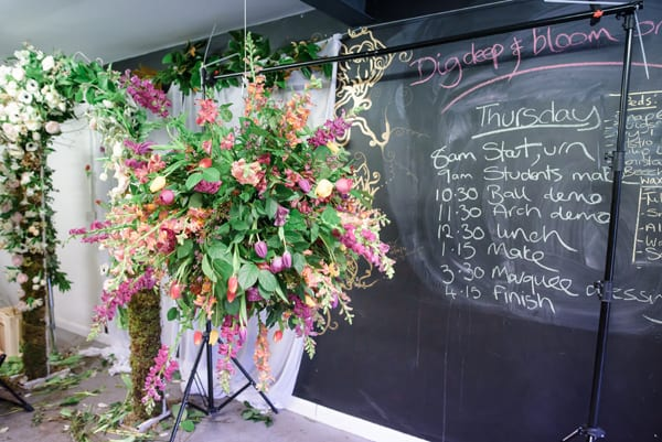 Wedding-Floristry-Career-Course-Jay-Archer-Floral-Design-Flower-School_ria-mishaal-photography_flowerona-17