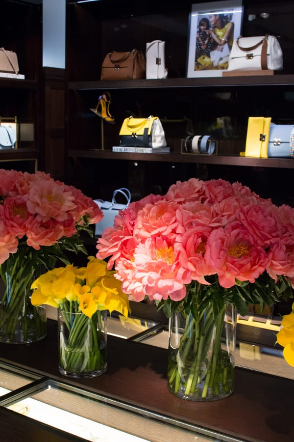 Carolina Herrera Robbie Honey Floristry Demonstration Flowerona-1