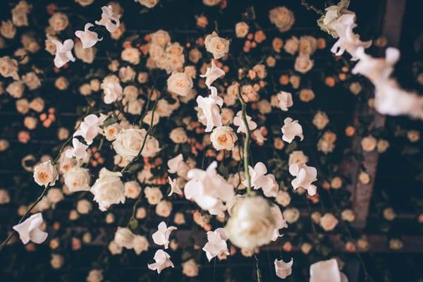 RHS-Chelsea-Flower-Show-2016-Floral-Installation-by-Joseph-Massie-Rosa-Flowerona-4