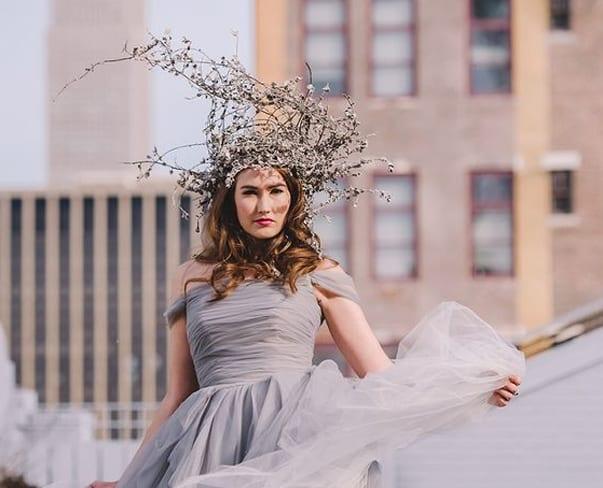 Flowerona Links : With flower bars, foliage & a fashion show…