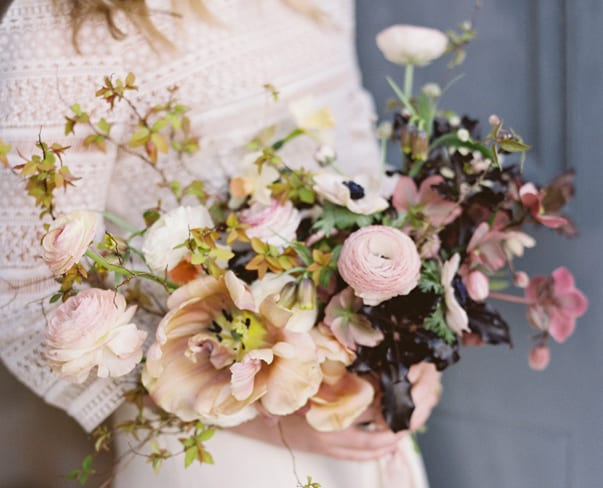 Flowerona Links : With British flowers, floral chandeliers & a country garden wedding…