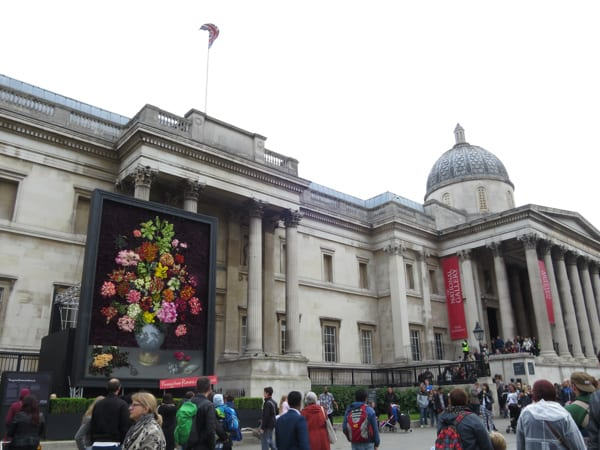 The Flower Council of Holland Funny How Flowers Do That Dutch Flowers Installation Trafalgar Square London 2016 Flowerona-18