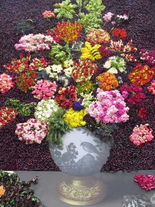 The Flower Council of Holland Funny How Flowers Do That Dutch Flowers Installation Trafalgar Square London 2016 Flowerona-2