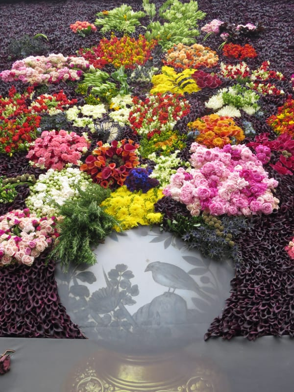 The Flower Council of Holland Funny How Flowers Do That Dutch Flowers Installation Trafalgar Square London 2016 Flowerona-3